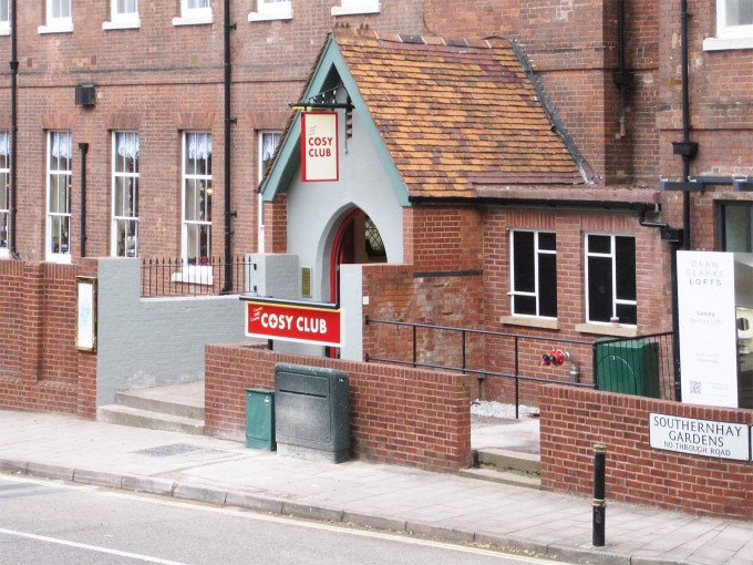 Cosy Club - Exeter