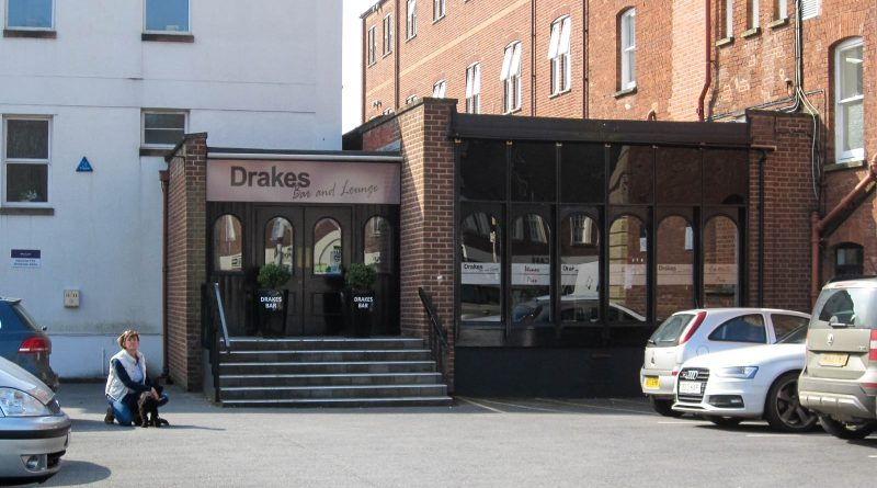 Drakes Bar and Lounge - Exeter